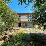 La Réole › Maison de 130 m² à rafraichir avec garage sur jardin 870 m²